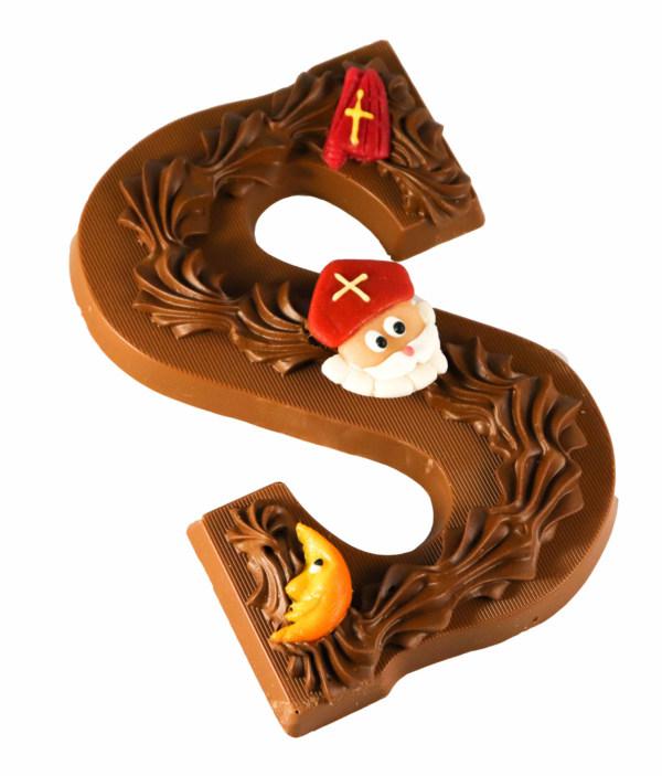 Melk chocolade letter
