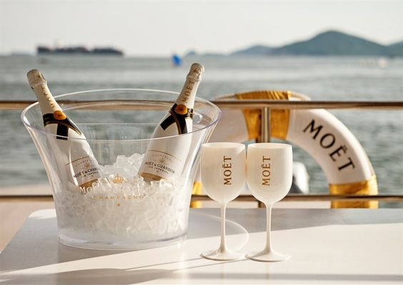 Moet Chandon Ice
