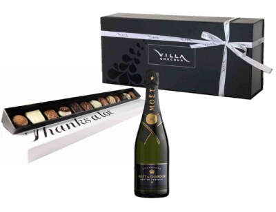 Geschenk van champagne met bonbons