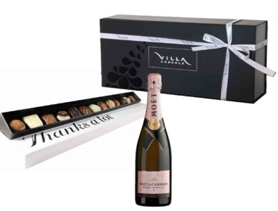 Chocolade cadeau box met champagne en bonbons